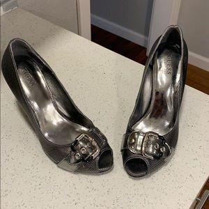 Guess Heel